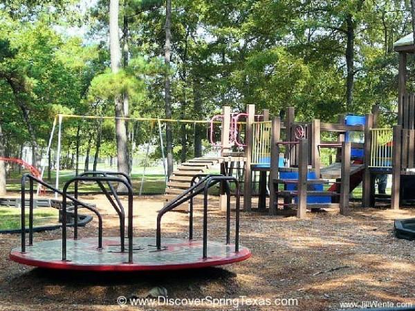 Oaks of Devonshire community park