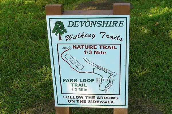 Oaks of Devonshire neighborhood park