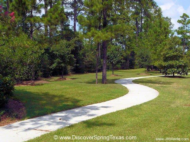 DiscoverSpringTexas.com Presents Windrose
