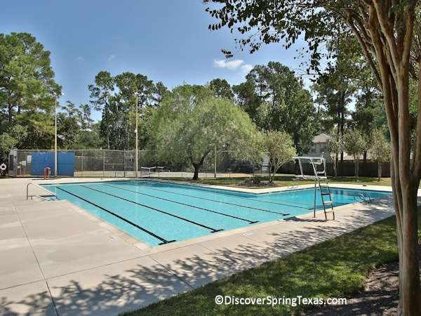 Spring Creek Oaks swimming pool