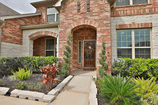 24615 Emerald Pool Falls Dr Tomball TX 77375
