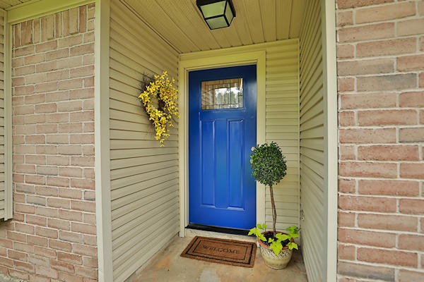 6822 River Mill Dr front door