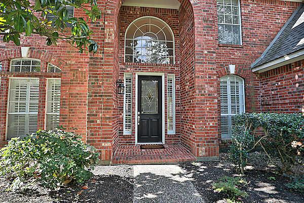 5807 Desert Oak Way front of home
