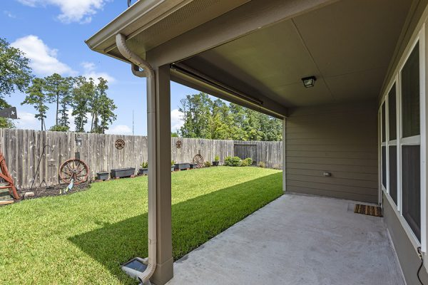 Homes under 300k Spring Texas